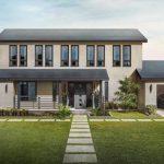 テスラはソーラールーフタイルの詳細をリリース:通常の屋根よりも安い「無限保証」と30年の太陽光発電