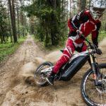 NeematicのFR / 1 eBikeは、あらゆる地形を乗りこなせる電動マウンテンバイク