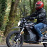 Zero DSRは完全電気モーターで、チェーンもないエコなスポーツバイク!