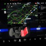 Tesla Model 3は、最新のアップデートで、より便利なオートパイロットコントロールを搭載
