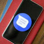 Googleは、Androidメッセージアプリのアップデートでダークモードを提供?